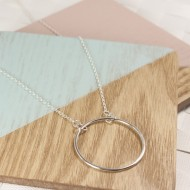 AJ202_1_ayana_silver_geometric__circle_silver_necklace