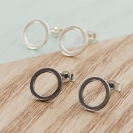 AJ223_AJ222_circle_stud_black_silver_ayana_jewellery